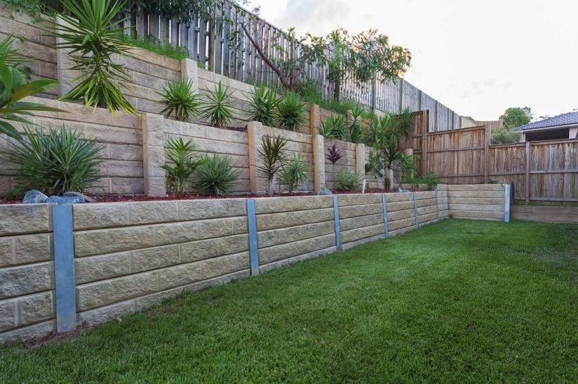 Landscaping ideas for big backyards on Retaining Wall Ideas For Sloped Backyard id=68078